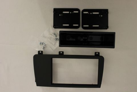 MONTERINGS-RAMME FOR 1-DIN/2-DIN VOLVO V70 05-07
