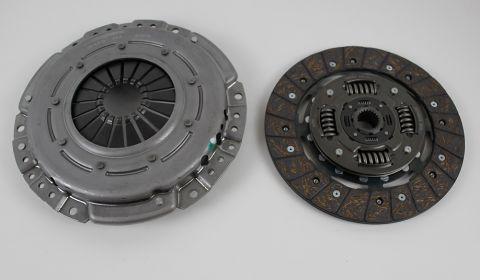 CLUTCH 700/900 Diesel/turbodiesel D24/D24TIC 80-93 M46/47