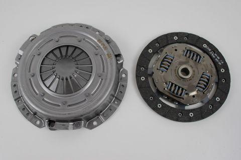 CLUTCH SETT 850 GL/E-GLT og noen S/V70 >99 271494 uten lager