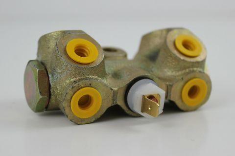 Bremsefordelingsventil 240 / 740  2 krets uten abs