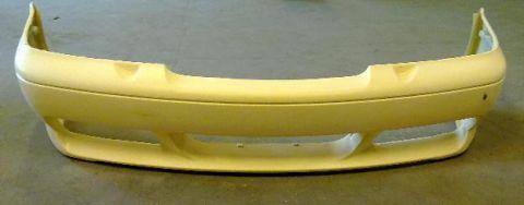 STYLING/FANGER foran LIK V70R 97-00 laget i glassfiber