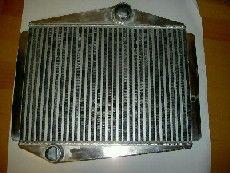 INTERCOOLER I ALUMINIUM MODEL TILPASSET VOLVO 850,S/V70 TURB